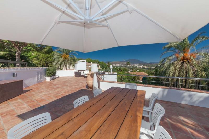 Nueva Andalucia Villa Marbella Costa del Sol-24