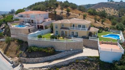 Cerros del Aguila Villa familiale à vendre avec une vue imprenable