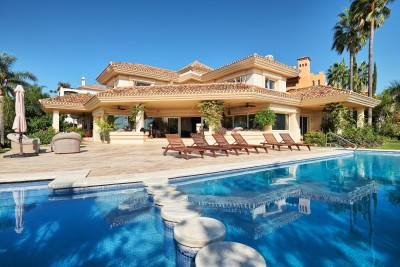 Beautiful family villa for sale in La Cerquilla, Nueva Andalucia, Marbella