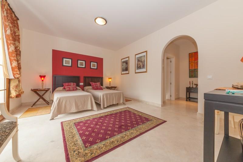 Bedroom 2 Atalaya-11