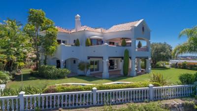 Luxury character villa with views to the sea located at Capanes, La Alqueria, close to Marbella