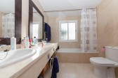 Master bathroomTownhouse Elviria-8