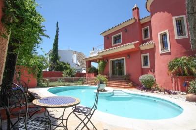 3 bedroom, 2 bathroom character detached villa for sale on the beachside at Las Chapas Playa (El Rosario) , Marbella