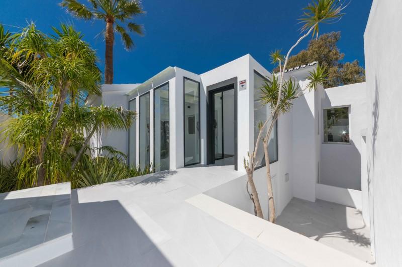 Modern Villa-8
