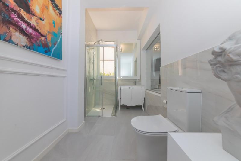 Modern Villa-16