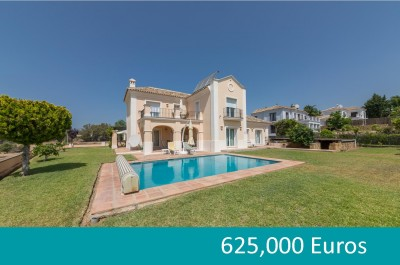 4 bedroom front line golf villa for sale at Mijas Golf