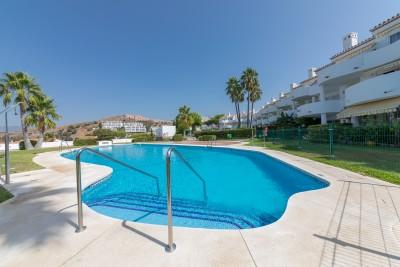 Beautiful apartment for long term rental 2 bed in La Cornisa Sitio de Calahonda