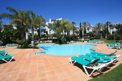Estepona apartment for Rent - 2 bed first floor, beachside Costalita