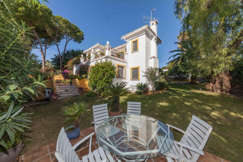 Luxury Villa Guadalmina-21