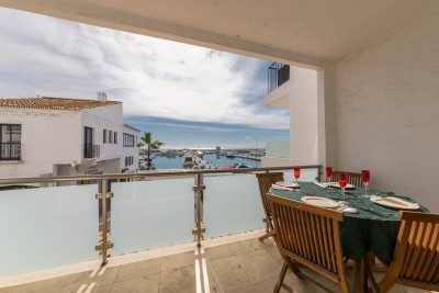 Lovely apartment for sale overlooking Puerto Banus Marina