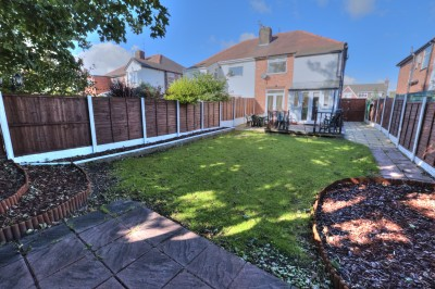 Quarry Road, Thornton - a well presented family home, excellent school catchment area, close to local shops, driveway, good size rear garden, sold with no ongoing chain.