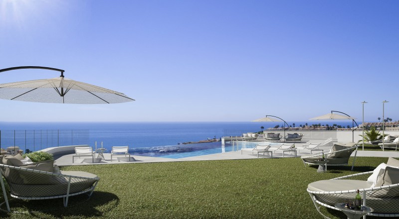 A PISCINA INFINITY SEA VIEWS The View F
