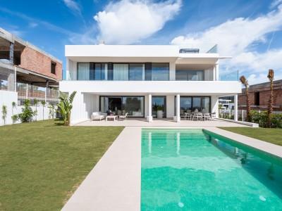 New development of 7 luxury villas at Los Flamingos Golf between Marbella and Estepona