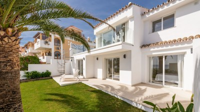 Completely refurbished villa on the beach at Arena Beach, Estepona