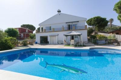 Villa for sale - 3 bedroom villa for sale in Pinos de Alhaurín