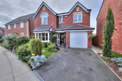 Haddington Road, Great Crosby - a fantastic executive detached family home , quiet  location, close to local parks and schools, driveway, integrated garage, lovely gardens, FREEHOLD.