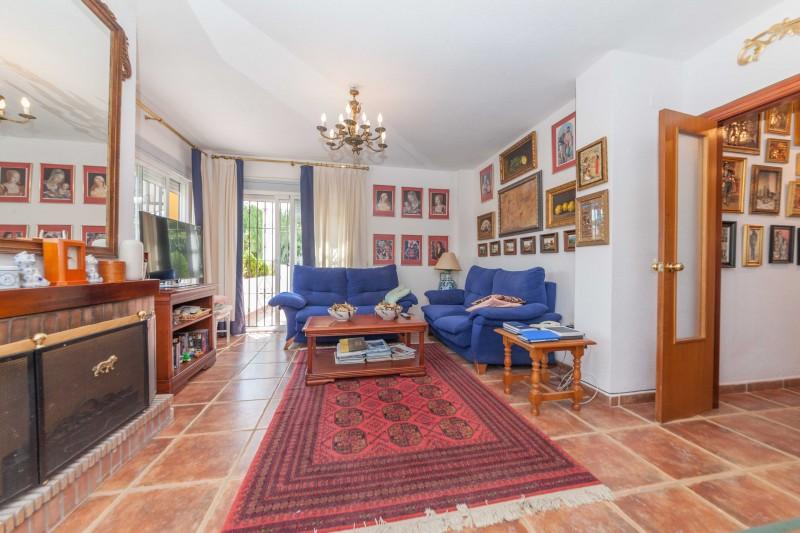Alhaurin El Grande Villa-11
