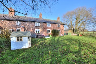 Ivy Cottage, Lunt Road, Homer Green, Lunt - rural character cottage, countryside views, large garden, driveway, beautifully presented, woodburner & open fire.
