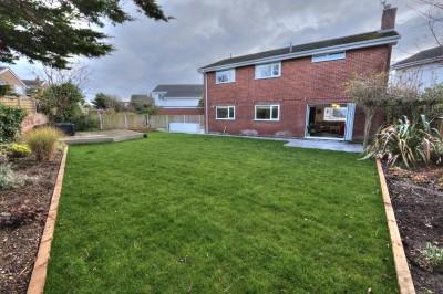 Almacs Close, Blundellsands - Detached family home, quiet cul-de-sac, large landscaped rear garden, driveway, double garage, no chain.