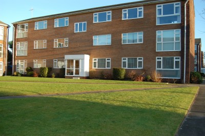 Gaywood Court, Nicholas Road, Blundellsands, second (top) floor flat, close to the beach, and railways station, parking, garage, unfurnished.