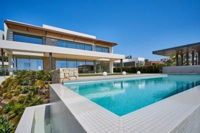 Newly built 5 bedroom luxury villa for sale at Capanes Sur, Benahavis