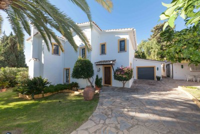 3 bedroom detached villa at Guadalmina for furnished rental