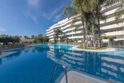 2 bedroom ground floor apartment with huge terrace for sale at Embrujo de Banus, Puerto Banus