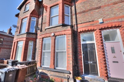 Cambridge Road, Crosby, ground floor apartment, private garden, 1 double bedroom, study/storage room, cellar storage, close to shops and railway station.