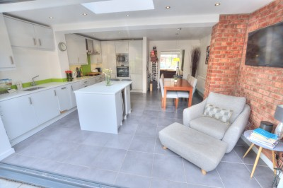The Mews, Preseland Road, Crosby, spacious, well presented townhouse, extended, heart of Crosby, garage, parking, no chain.