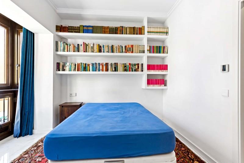 RC1877_1_16_Bedroom.