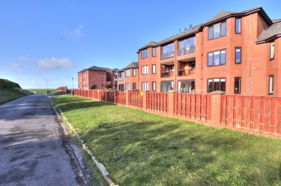 Holyrood, Park Drive, Blundellsands, partial sea views, balconyy, close to sea front, 2 double bedrooms, garage, no chain.