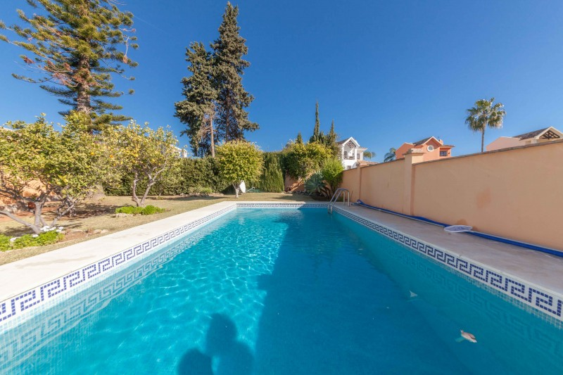 Single story villa San Pedro de Alcantara-4