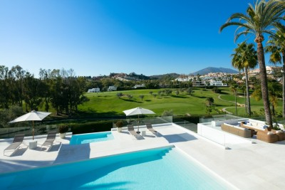 Stunning refurbished front line golf Villa in Nueva Andalucia for sale