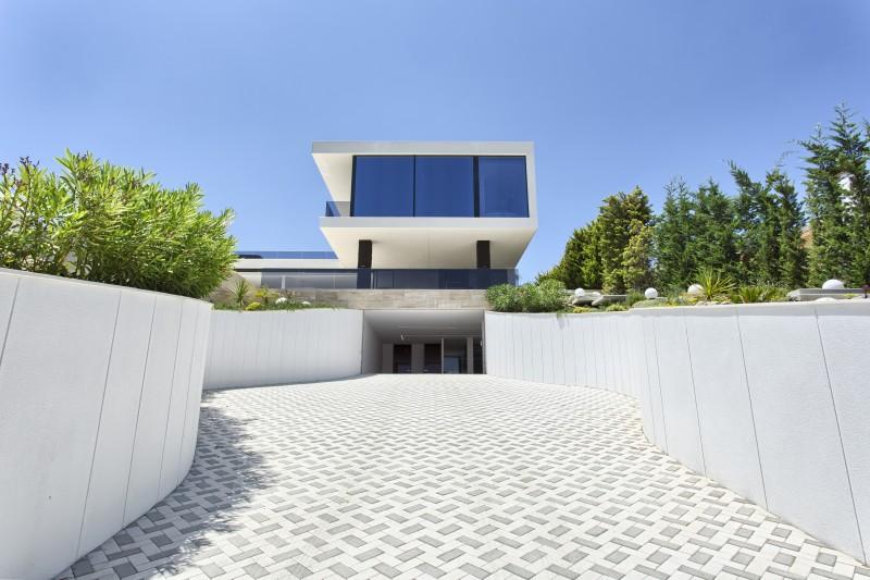2 Entrance house