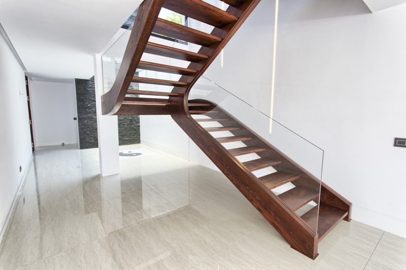 4 Stairs