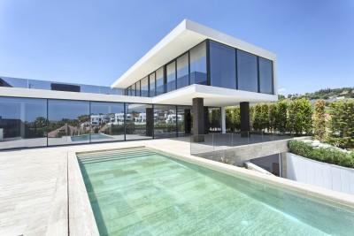 Fabulous new build contemporary luxury villa for sale in Nueva Andalucia