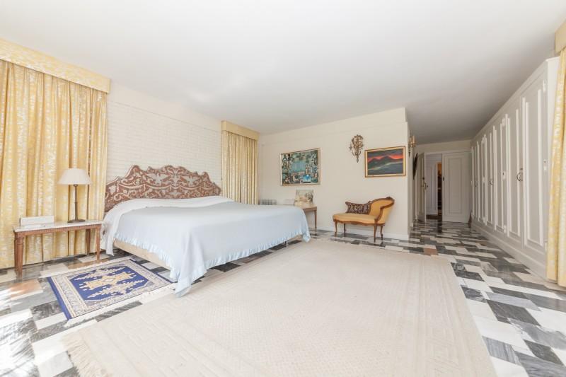 Master bedroom Rancho Domingo-12