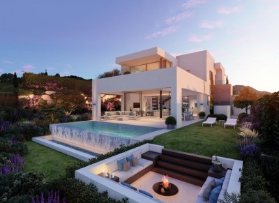 New build luxury villas for sale at Estepona Golf
