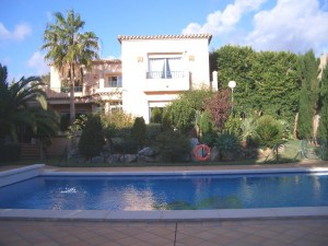 0543 - Villa For rent in Elviria Playa, Marbella, Málaga, Spain