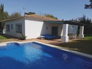 1417 - Villa For rent in Artola, Marbella, Málaga, Spain
