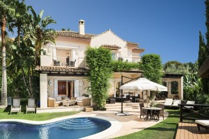 Elviria 4 bed villa in gated community.