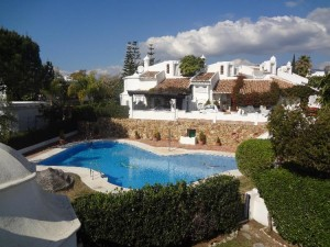 Bahía de Marbella beachside high spec. 3 bed townhouse