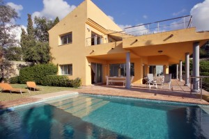 1921 - Villa For rent in Elviria, Marbella, Málaga, Spain