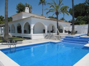 1934 - Villa For rent in Elviria, Marbella, Málaga, Spain