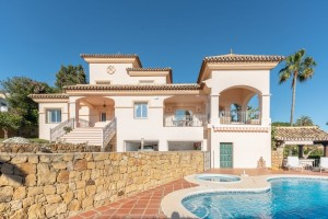 Luxurious andalusian style villa with sea views