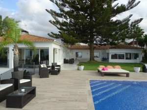 2141 - Villa For sale in Elviria, Marbella, Málaga, Spain