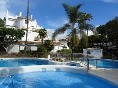 765294 - Apartment for sale in Elviria Playa, Marbella, Málaga, Spain