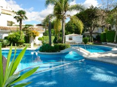 767240 - Garden Apartment for sale in Elviria Playa, Marbella, Málaga, Spain