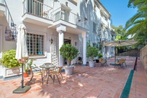 2204 - Cafe/Bar For sale in Elviria, Marbella, Málaga, Spain