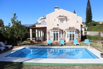 780595 - Villa For sale in Elviria, Marbella, Málaga, Spain
